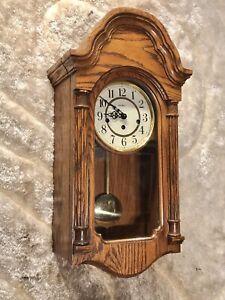 USA Howard Miller 613-226 Westminster Chime 8 Day Clock,oak Case & 3 Spring