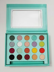 Bh Cosmetics DAISY MARQUEZ eyeshadow PALETTE!! BRAND NEW!! SOLD OUT!!