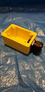 """P&S WATERTIGHT DEEP YELLOW BACK BOX, 1"""" NPT OPENING FOR SINGLE RECEPTACLES"""