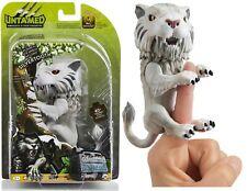 Fingerlings Untamed Sabretooth Silvertooth WowWee Interactive Pet Toy