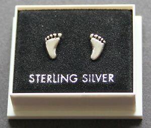 Sterling Silver 925 Stud Earrings  FEET DESIGN BOXED  BUTTERFLY BACKS  STUD 20