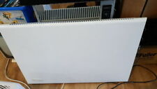 De Longhi 1600W Panel Heater with built in timer (55 x 82 x 75cm)
