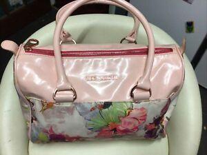 Lovely Ladies Pink Floral Ted Baker Large Shoulder Bag