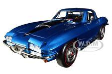 1967 CHEVROLET CORVETTE 427 STINGRAY MET. BLUE MCACN 1/18 CAR AUTOWORLD AMM1176