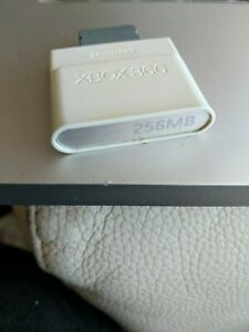 Official Microsoft Xbox 360 Memory Card Unit - 256MB Capacity