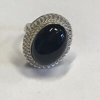 RARE VINTAGE ESTATE FIND SIGNED STERLING SILVER RING W/BLACK OVAL BEAD