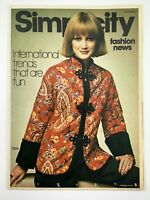 1975 Womens Fashion Vintage Zellers Flyer December Simplicity Fashion News 721A