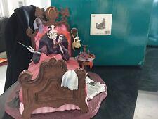 Walt Disney Classics Collection WDCC 101 Dalmations Cruella DeVille