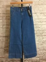 Express - Women's High Rise Medium Wash Wide Leg Crop Jeans - Tag Size 2R NWT