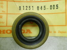 Honda NOS CRF50, QA50, XR50, Z50,Rear Wheel Seal 18x32x8, # 91251-045-005   d1