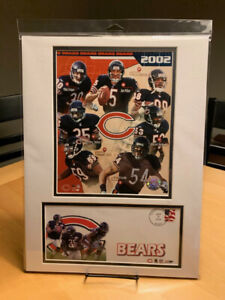 Chicago Bears 2002 Team Brian Urlacher 12x16 Double Matted Photo & Event Cover