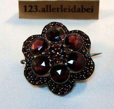 alte Granat Brosche Blüte Blume Granatbrosche old garnet brooch / AY 373