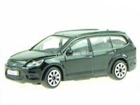 Ford Focus Turnier black diecast model car 30226 Bburago 1/43