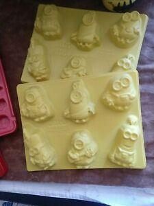 2 Despicable Me Minion Jell-O Jiggler Molds +2 Christmas Mold Use as Candy Mold