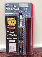 Mini Maglite Super-Bright Xenon Lamp 2-Cell, AA, Belt Holder, 2 Spare Bulbs, USA