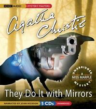 They Do It With Mirrors: A Miss Marple Mystery