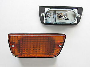 DATSUN 620 A PAIR OF FRONT PARKING & SIGNAL LIGHT ALL ORANGE NEW