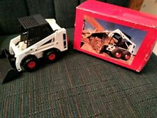 BOBCAT 743B Skid Steer Model Toy Loader Clover 4431 Diecast 1:19 Scale With Box