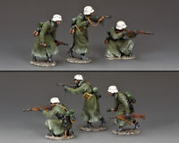 KING & COUNTRY BATTLE OF THE BULGE BBG123 WW2 GERMAN WINTER ATTACK SET MIB