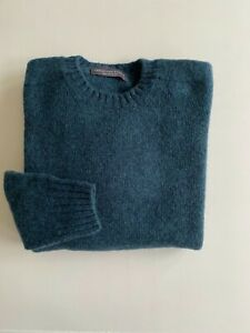 Gents Shetland Pure Wool Saddle  Shoulder Crew Neck Sweaters Made in Scotland