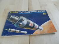 Brooke Bond Picture Cards Booklet - The Race into Space Vintage Tea Cards