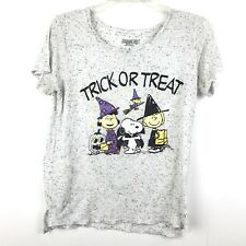 Peanuts Juniors Size Large Halloween Trick Or Treat Short Sleeve Shirt Top
