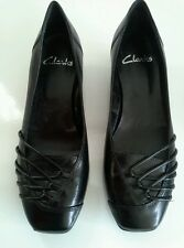 New black leather CLARKS flats size 4