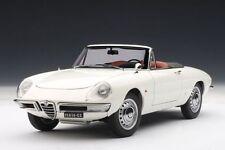 Alfa Romeo Duetto Spider 1600 Autoart 1:18  FREE SHIPPING  WORLDWIDE
