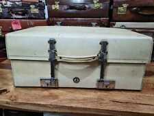 white vellum leather EXPANDING car suitcase by Revelation luggage of Piccadilly
