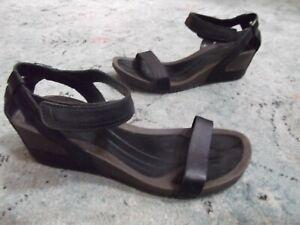 Teva Cabrillo Cork Wedge Sandal Women's Sz 9.5 Ankle Strap Black leather