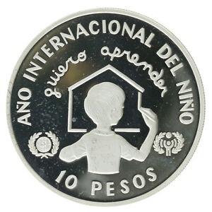 Dominican Republic - Silver 10 Pesos - 'Year of the Child' - 1982 - Proof