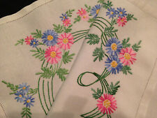 LOVELY VINTAGE HAND EMBROIDERED TRAY OR TROLLEY CLOTH ~ PRETTY FLOWERS