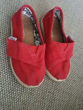 Boys/girls Unisex toddler Toms shoes size UK7,  T8