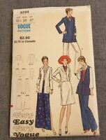 Vintage Very Easy Very Vogue 8254 Sewing Pattern 1970s Suit Separates Size 12.5