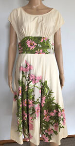 Lemonade on the Lawn DRESS 12 Retro Pink Floral Contrast fabric gathered skirt