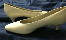 Naturalizer pumps heels kitten-heels shoes ladies ivory Wide width