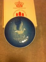 BING & GRONDAHL--MOTHER'S DAY 1984 COLLECTOR PLATE----FREE SHIP--VGC