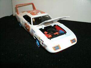 #32 DICK BROOKS 1970 BEST BUY PLYMOUTH SUPERBIRD 1/24 RARE CUSTOM