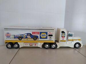Nylint NAPA Tractor Trailer Semi Truck. Metal Trailer, Metal/Plastic Truck Cab