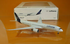 Herpa Wings 532983-001 Lufthansa Airbus A350-900 Freiburg Scale 1:500