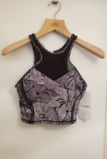 Lululemon Get It Om Bra NWT Sz 6 MDTB/BLK Full On Luxtreme black and white print