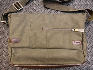 Hlaska Messenger Bag - Army Green - Synth Canvas & Leather - Good Condition