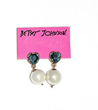 Betsey Johnson Heart, Pearl & Blue Crystal Stud Earrings New with Tags