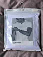 GAPBODY by GAP Brand New XL V-Necked T-Shirts White 100% Cotton BNWT
