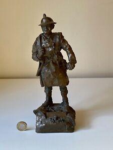 WW1 VINTAGE CAST BRONZE SCOTTISH SOLDIER FIGURINE