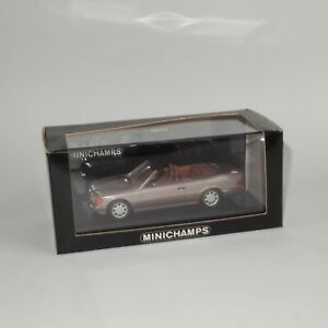 Minichamps 1994 Mercedes Benz E Class Cabriolet Rosewood