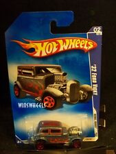 HOT WHEELS 2009 #138 -190-1 32 FORD VICKY BLU/GRY 5SP AMER