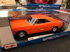 Maisto 1:18 Scale Diecast Model Car - 1969 Dodge Charger R/T (Orange)