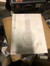 Beats Solo HD On-Ear Headphone Drenched Matte White 100% AUTHENTIC