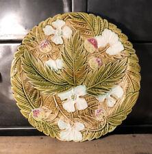 Assiette Ancienne Barbotine Décor Floral Et Fraises Diamètre 21,8 Cm